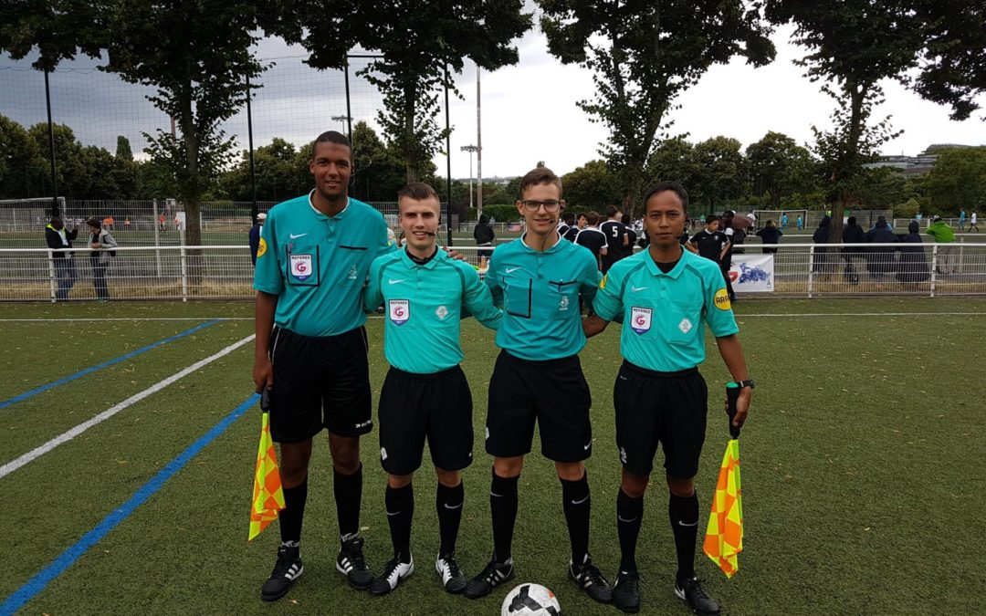 dutch-soccer-referees-working-with-axiwi-during-paris-world-games-group-standing