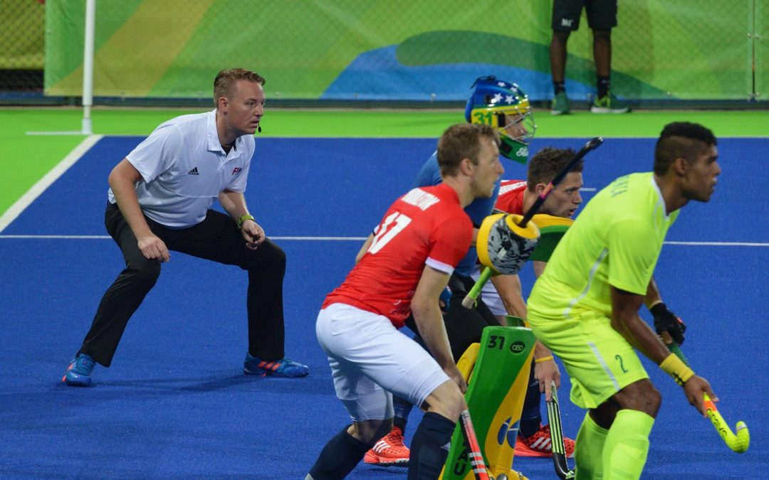 coen-van-bunge-field-hockey-umpire-academy-uses-AXIWI-during-coaching-umpiring-camp