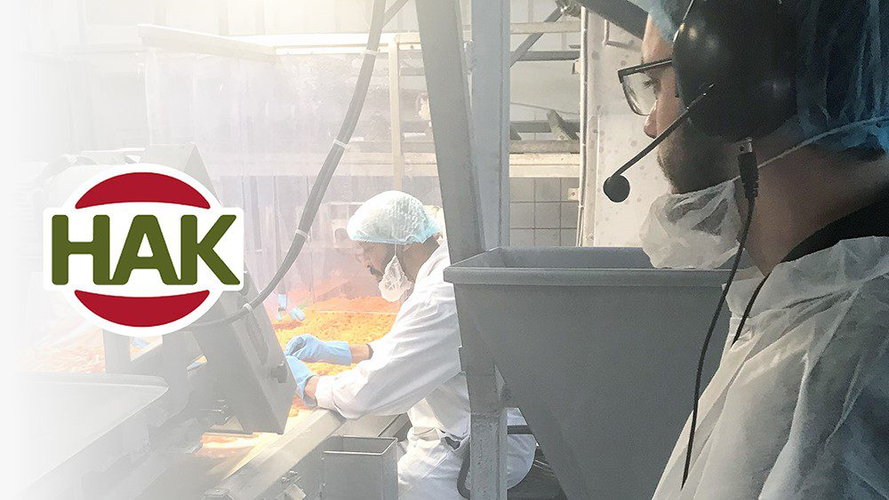 HAK instructs temporary workers Coronaproof with AXIWI wireless factory headsets